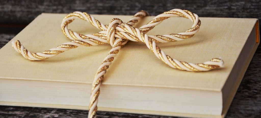 book-1667826_1920