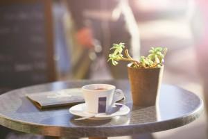 table d'un café