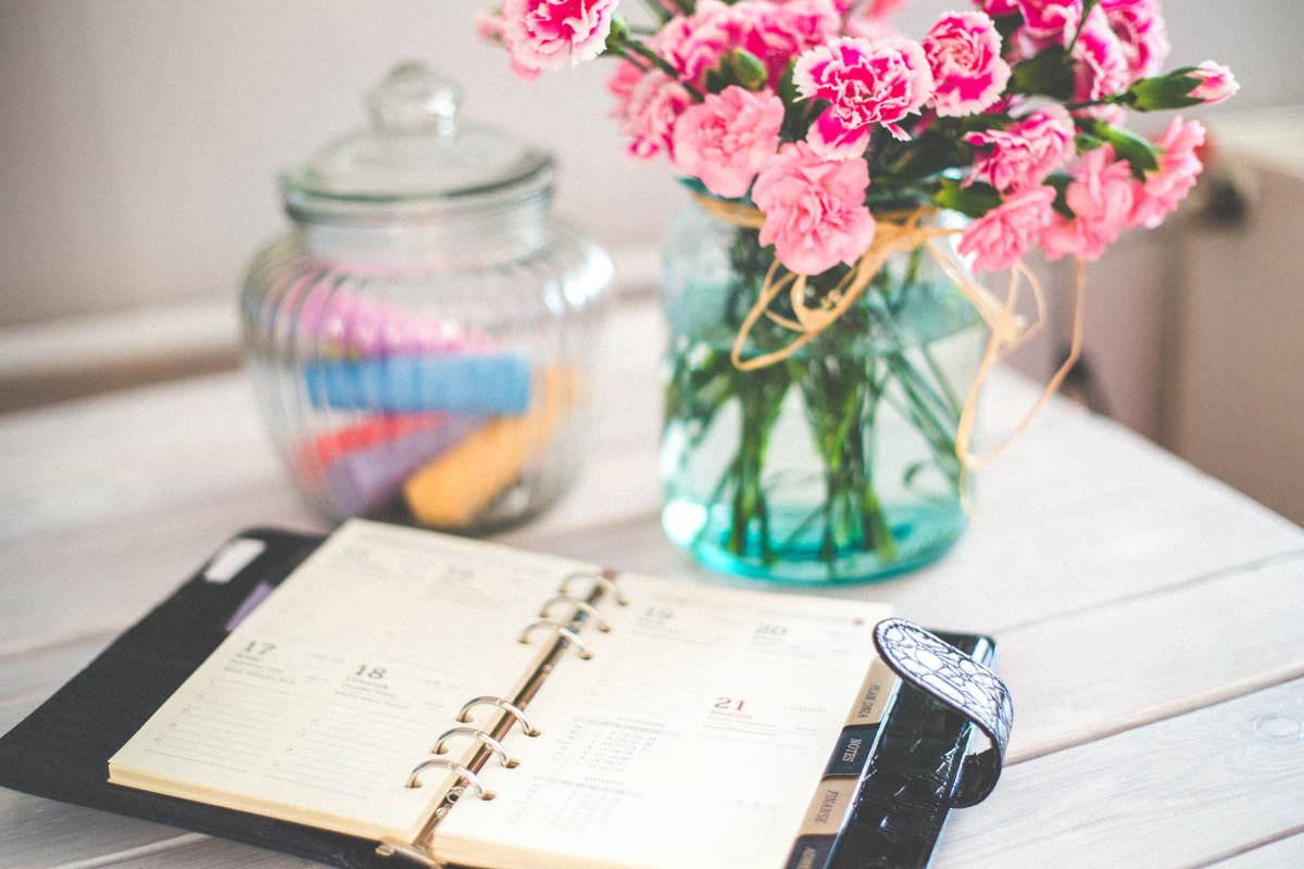 Agenda et fleurs