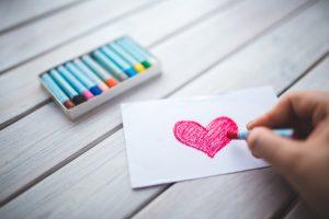 une lettre-cœur